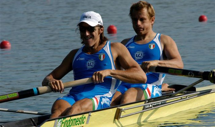 coxed pair